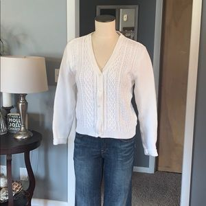 Vintage cable knit white cropped cardigan medium